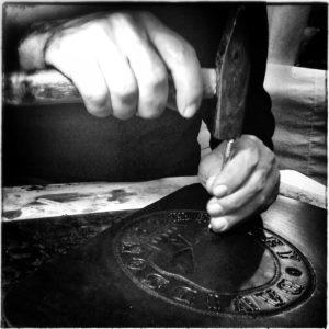 lavorazione-cuoio-artigianale-maxcuoio