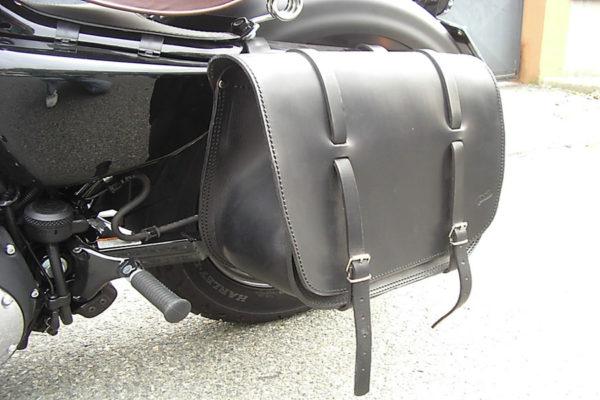 borsa in cuoio nera con cinghie harley max cuoio torino