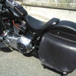 borsa moto in cuoio nera con cinghie per harley softail max cuoio torino