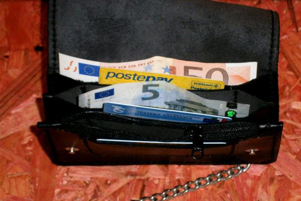 portafoglio nero basic in cuoio aperto max cuoio torino